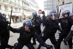 PSP reconhece que sobrevalorizou grupo nos confrontos no Chiado