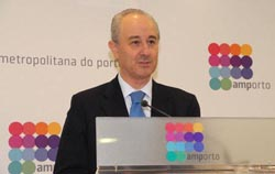 Rio lamenta falta de resposta da RTP para discutir transferência de programa
