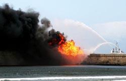 Incêndio no porto de Leixões provoca um morto