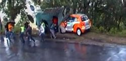 Rali de Santo Tirso: Canizares despistou-se e embateu em paragem de autocarro