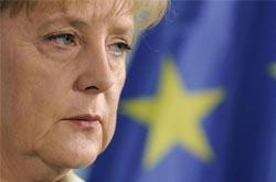 """Merkel sublinha que futuro da Europa se decide """"nos próximos meses"""""""
