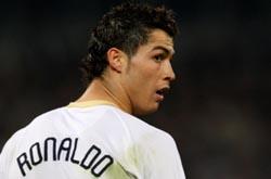 """Cristiano Ronaldo afirma que não se sente """"desejado"""" no Real Madrid"""
