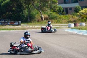 Piloto Álvaro Parente apadrinha batismo de karting de jovens da Escola de Segunda Oportunidade de Matosinhos