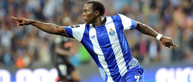 Aboubakar integra comitiva do FC Porto para Portimão