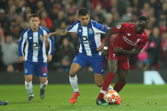 FC Porto perde em Liverpool