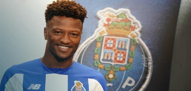 FC Porto anuncia reforço