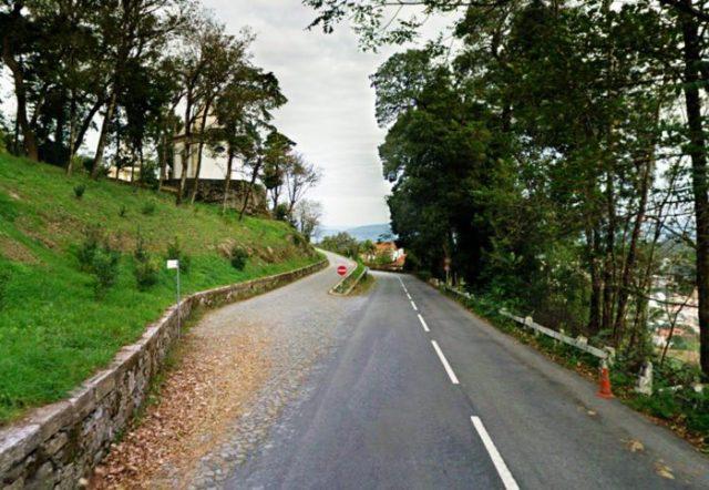 Há um lugar português onde os carros sobem sozinhos