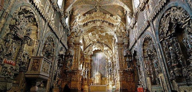 Restauro da Igreja de Santa Clara no Porto é retomado na última semana de agosto