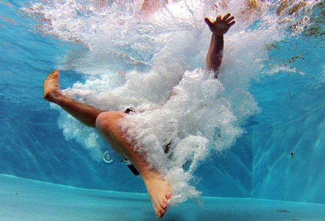 Campanha alerta para o risco de acidentes nas piscinas e praias