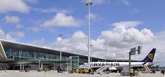 Ryanair encerra ligação Porto-Lisboa em outubro