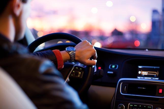 Cinco apps para não voltar a esquecer-se da manutenção do seu carro