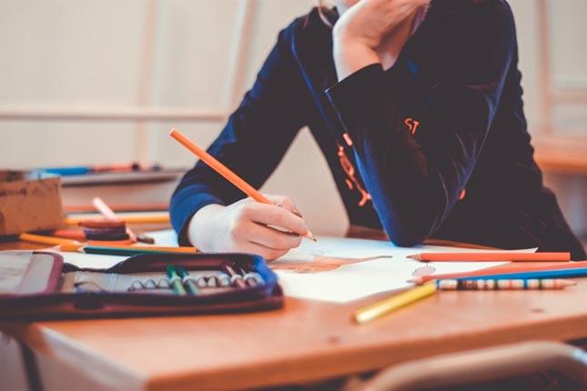 Regresso às aulas: número de horas de sono é determinante para o sucesso escolar