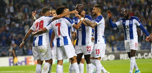 FC Porto vence Young Boys