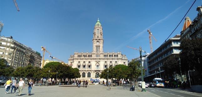 Câmara do Porto quer construir parque de estacionamento subterrâneo no Aviz