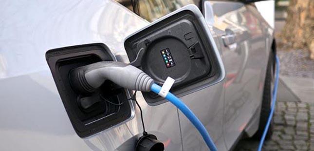Porto: postos para carros elétricos passam a ser pagos