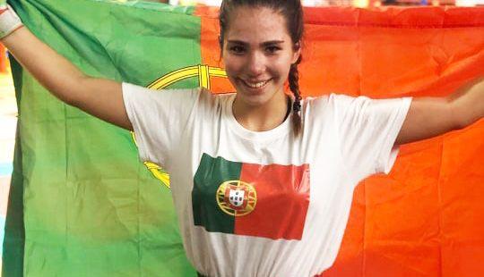 Jovem valonguense conquista três medalhas no europeu de Kickboxing