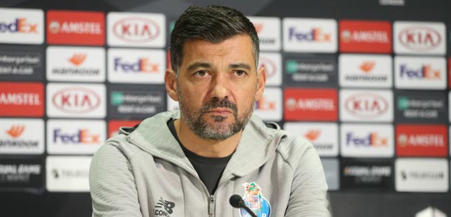 """Sérgio Conceição: """"Estamos focados naquilo que é a vitória e em montar a melhor estratégia para vencer o jogo"""""""