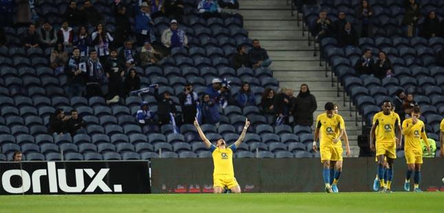 FC Porto vence Varzim e segue em frente na Taça de Portugal