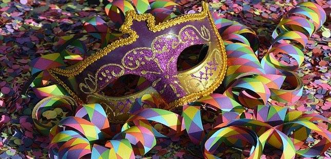 CP lança bilhete especial para o Carnaval