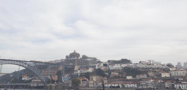 Cemitérios encerrados em Vila Nova de Gaia
